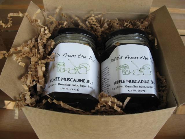 Gift Box of Jams and Jellies 2 Jars-0